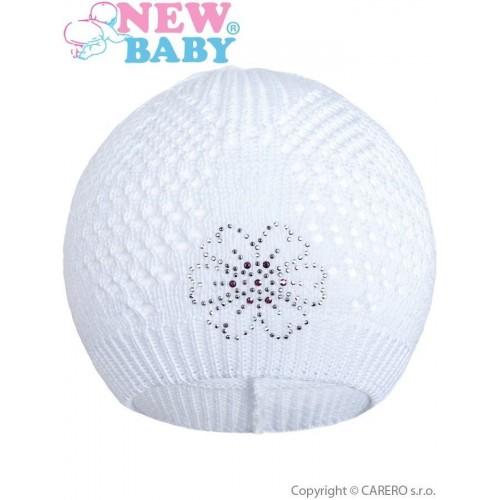 Pletená čepička New Baby kytička bílá Bílá 104 (3-4r)