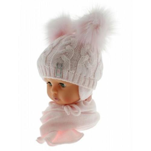 BABY NELLYS Zimní čepička s šálou - chlupáčkové bambulky - sv. růžová/sv. růžové, 6/18měsíců
