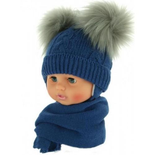 BABY NELLYS Zimní čepička s šálou - chlupáčkové bambulky - tm. modrá, 0/4měsíců